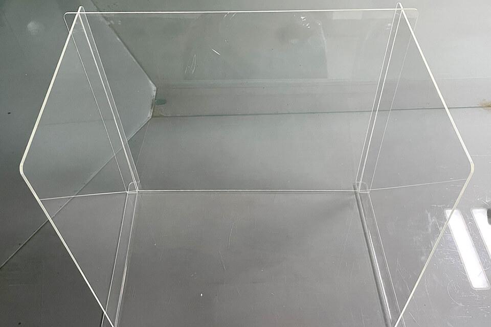 疫情下的學區該如何自保,桌上型屏風/擋板適用於課桌上使用嗎?